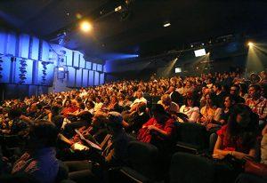 SAO PAULO, 13 DE AGOSTO DE 2013, estreia para convidados da peça Madrinha Embriagada. (FOTO: JULIA MORAES)